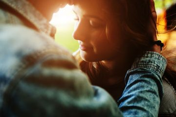 8 Signs That You Met A Soulmate